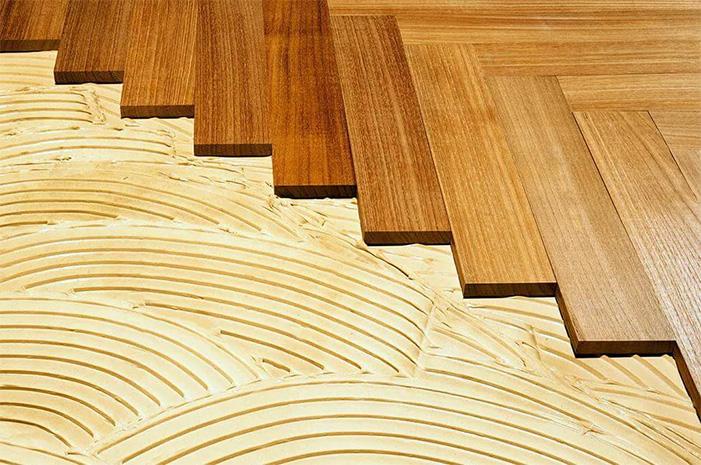 Hardwood flooring installation on glue