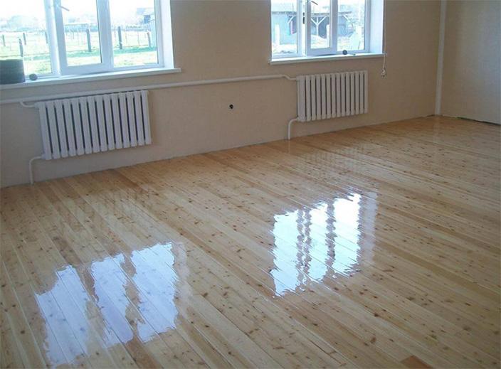 Hardwood flooring installation varnish selection