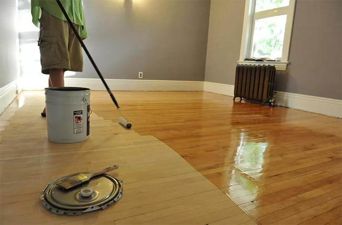 Hardwood flooring installation varnishing