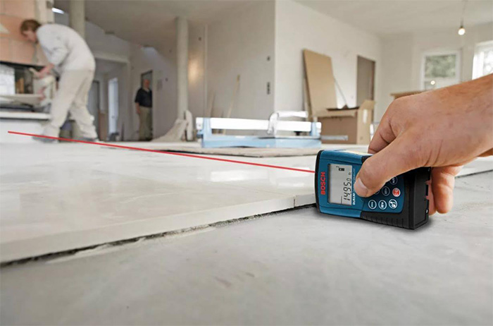 Measurement of the room hardwood flooring installation