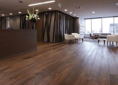 Vinyl flooring installation in flat