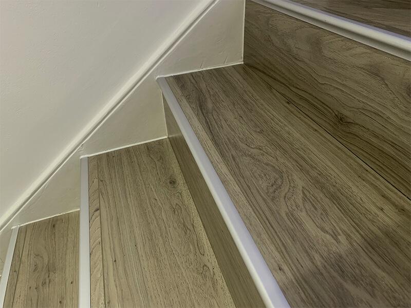 Laminate-Stairs-Installation-3